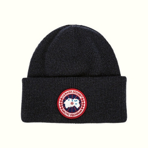 Шапка CANADA GOOSE ARTIC DISK TOQUE 6936L BLACK